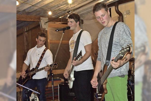Gitarren auf der Kilbi