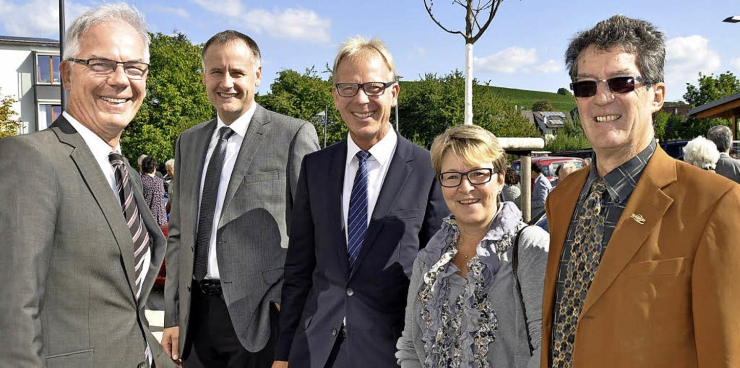 Freuen sich über die neue Einrichtung ... Förderverein Prälat-Stiefvater-Haus.   | Foto: Julius Steckmeister