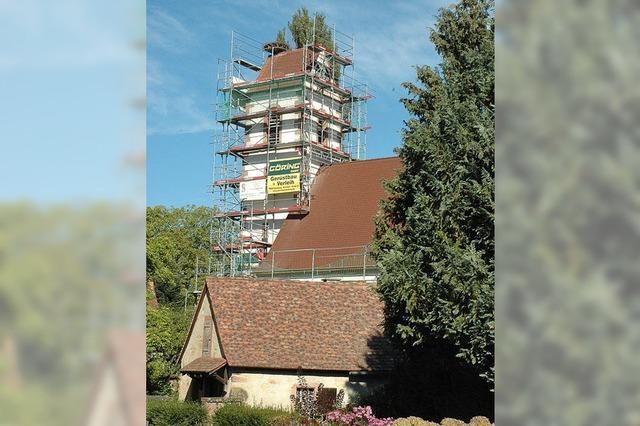 Sanierung in Schallbach: Jetzt trägt das Kirchendach wieder