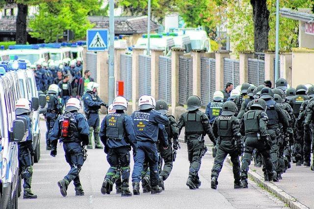 Polizeieinsätze und Proteste