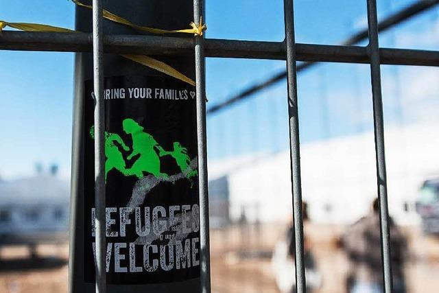 Wenig Platz, viele Konflikte: Flüchtlinge berichten über das Leben in der BEA in Freiburg