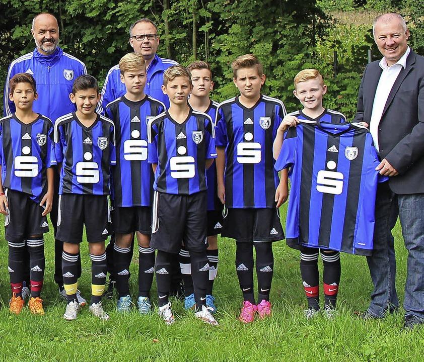 <BZ-FotoAnlauf>FUSSBALL: </BZ-FotoAnla...enburg/Ortenau, Klaus Bühler (rechts).  | Foto: Verein