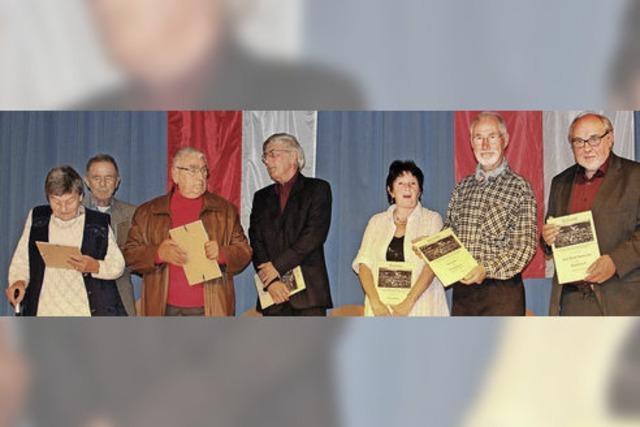 Sieben neue Ehrenmitglieder beim Heimatverein