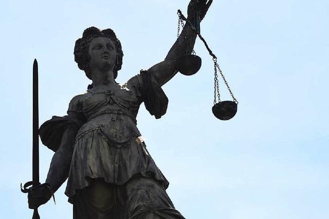 Tötung auf Verlangen: Gericht verurteilt 61-Jährige