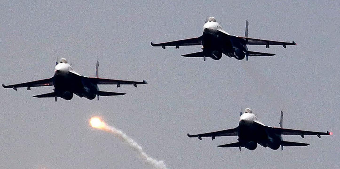 Russische Suchoi-SU-27-Jets – hi...den Angriffen beteiligt gewesen sein.     Foto: DPA