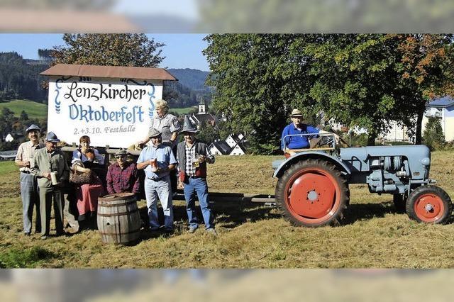 Mit Familie Schwörer, Team, Musik, Wahlen: Miss Oktoberfest und stärkster Mann Lenzkirchs in Lenzkirch