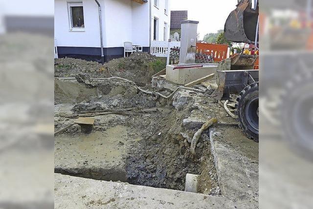 Tiefe Grube, um den Brunnen abzudichten