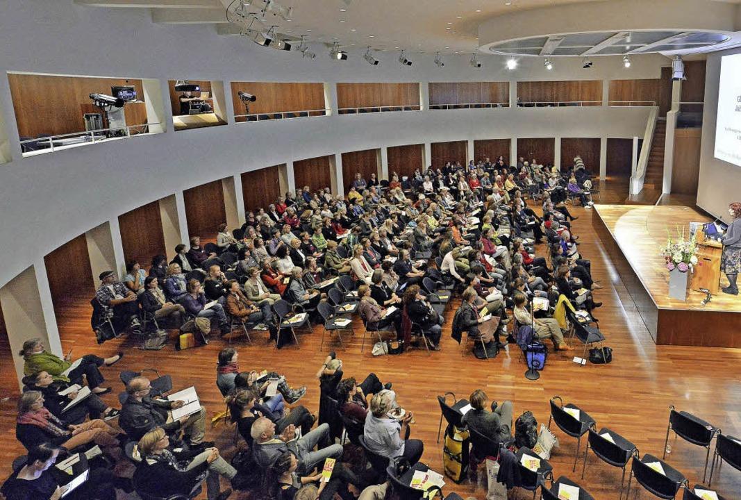 Für mehr Gerechtigkeit zwischen den Ge...eichstellungskongress im Konzerthaus.   | Foto: bamberger