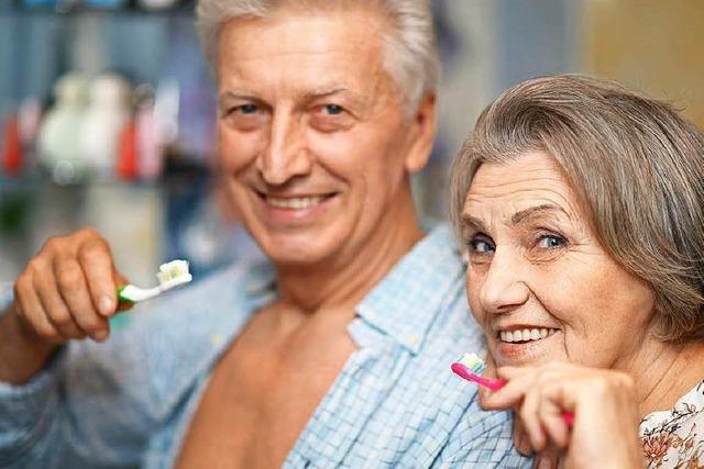 Prothese muss nicht sein: Zähne können ein Leben lang halten