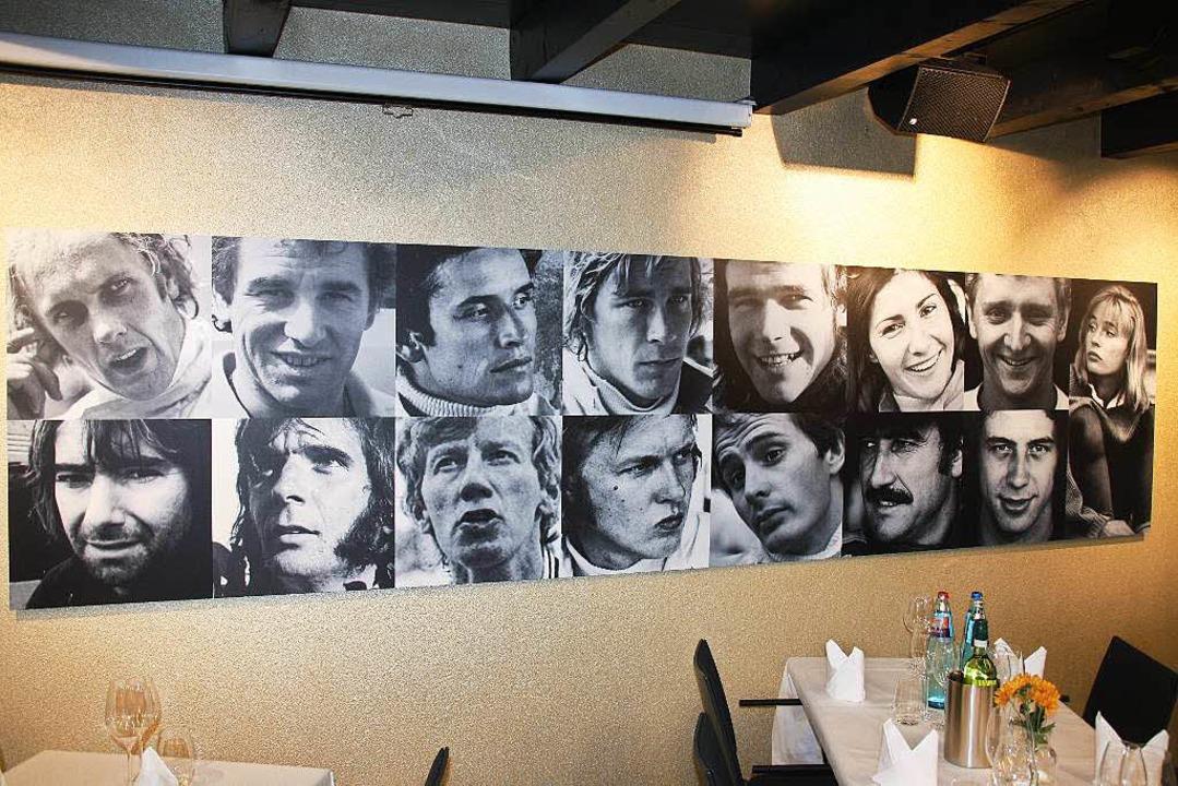 Eine Galerie erfolgreicher  Rennfahrer...n ist im Restaurant Mangusta zu sehen.  | Foto: Andreas Peikert