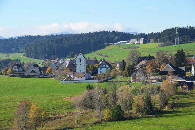 Lenzkirch und Badenova unterzeichnen Verträge zum Ausbau des Erdgasnetzes