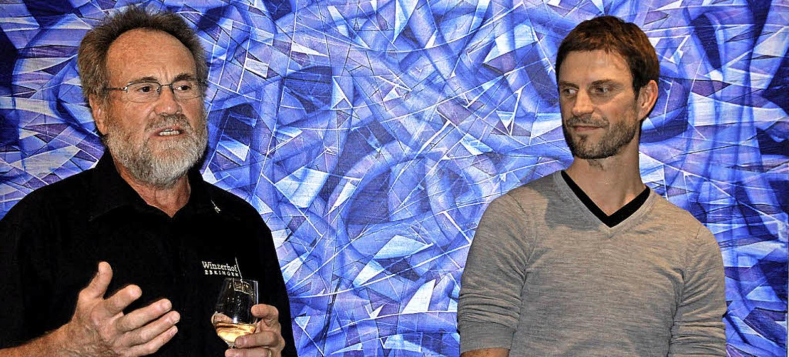 Bernhard Goldschmidt und Rocco Schelle...röffnung der Vernissage im Winzerhof.   | Foto: Frowalt Janzer