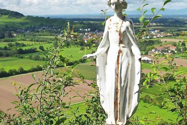 Dreiste Diebe klauen die Heilige Barbara