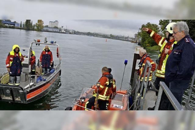 Ölalarm auf dem Rhein