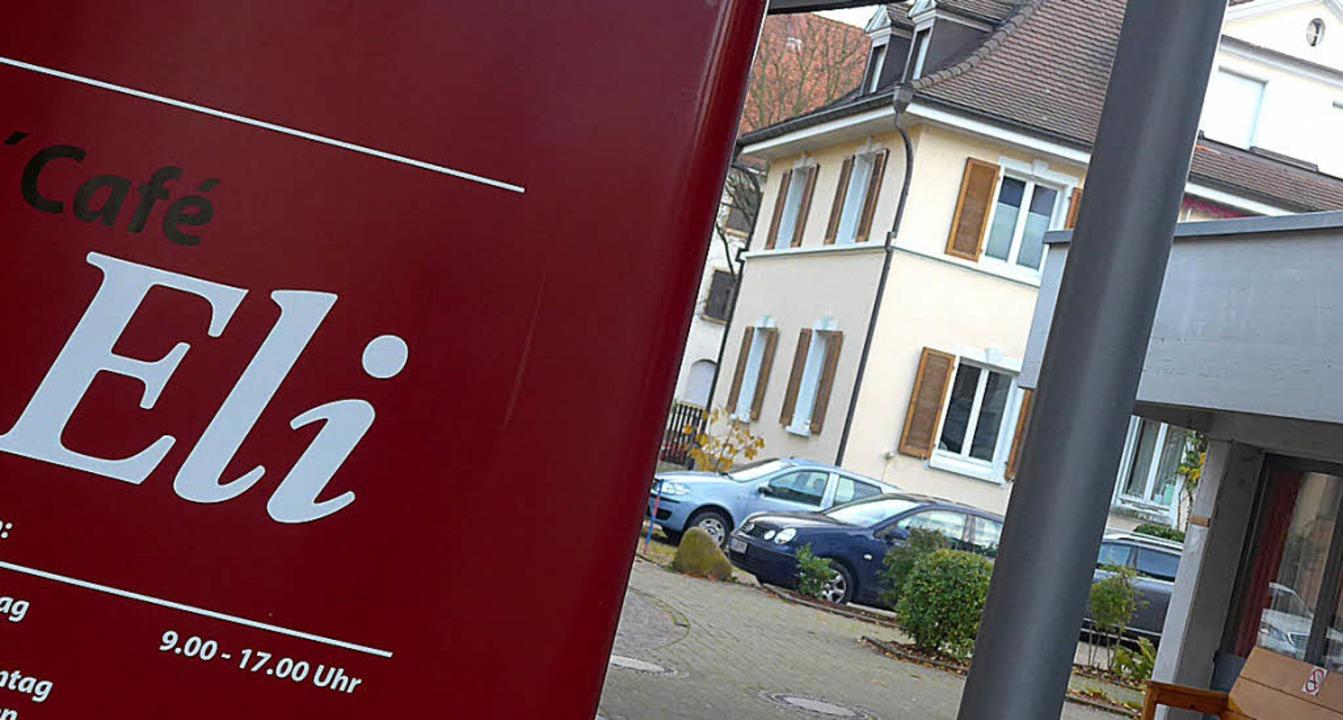 Das Geburtshaus (rechts hinten) muss d...St. Elisabethen-Krankenhaus anpassen.   | Foto: Gramespacher