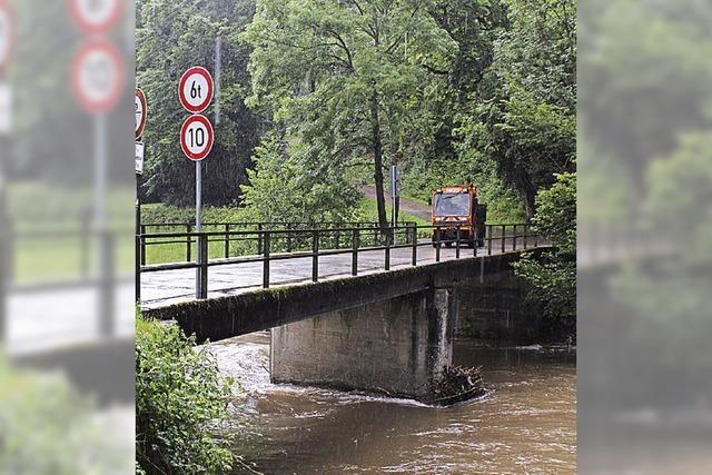 Wiesenbrücke nicht belastbar