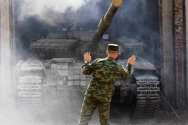 Separatisten in Ukraine verschieben Wahlen