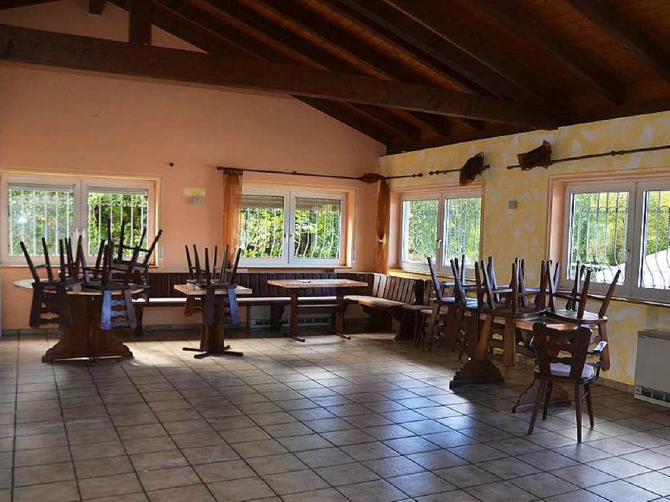 Der Gastraum des Clubheims wird zum Aufenthaltsraum für Flüchtlinge.  | Foto: Andrea Gallien