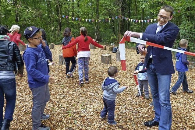 Ein Waldklassenzimmer für Holzhausens Kinder