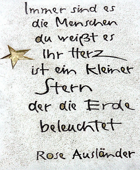 Dieses Gedicht steht auf der Gedenktafel in Wehr.  | Foto: Jörn Kerckhoff