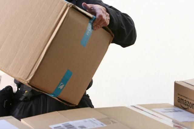 Postbote wirft Paket in Bonndorf auf vier Meter hohen Balkon
