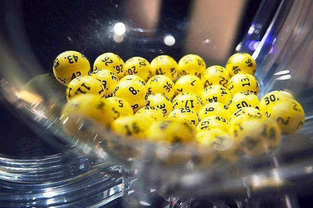 Lottospieler gewinnt 100 000 Euro