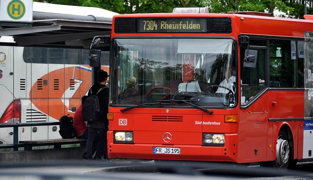 Der  Nahverkehrsplan legt die Standard... Busverkehr der Zukunft im Landkreis.   | Foto: Gramespacher