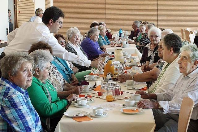 Ein bunter Nachmittag für Senioren ohne Grenzen