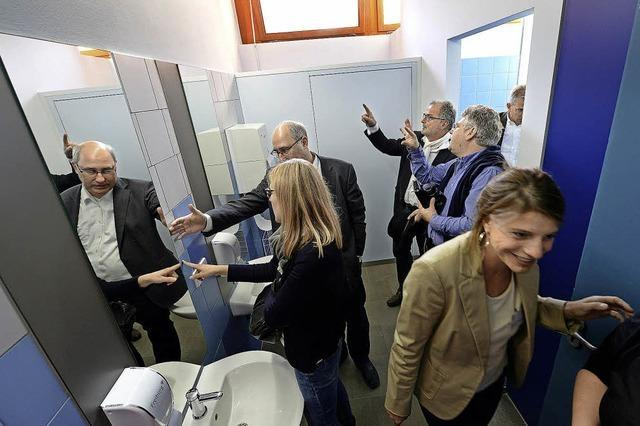 Adolf-Reichwein-Schule feiert Einweihung der renovierten Toiletten