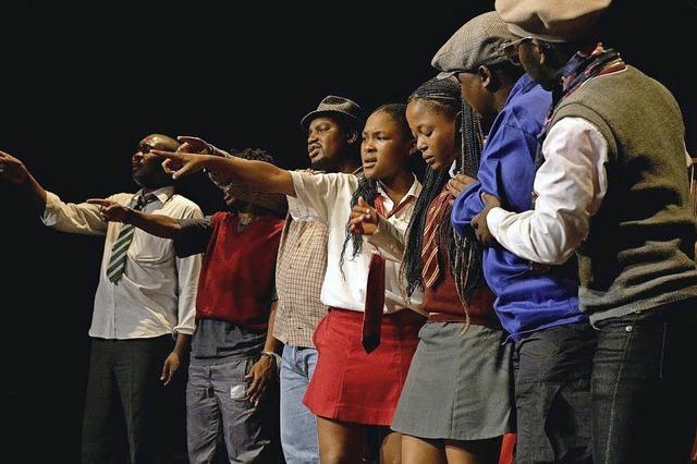 M.U.K.A. aus Südafrika mit einem Stück über Umweltzertörung und Klimawandel