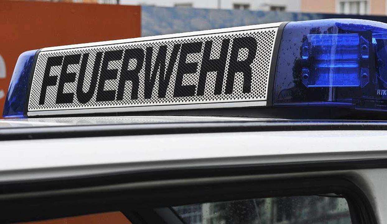 24 Feuerwehrleute waren in Staufen mehr als eine Stunde lang im Einsatz.  | Foto: Ingo Schneider