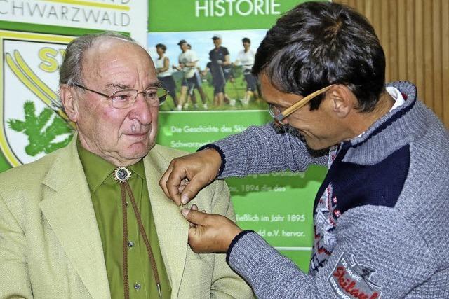 Werner Morath wird für seine Verdienste geehrt