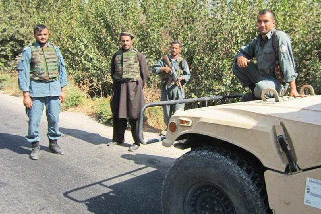 Rette sich, wer kann: Taliban-Vormarsch in Afghanistan