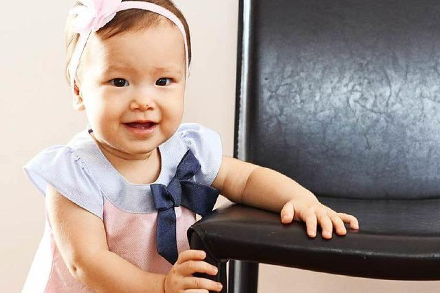 Darf ein Schwulenpärchen ein Baby aus Thailand mitnehmen?