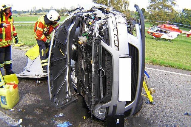 29-Jährige kollidiert mit Gegenverkehr – zwei Verletzte