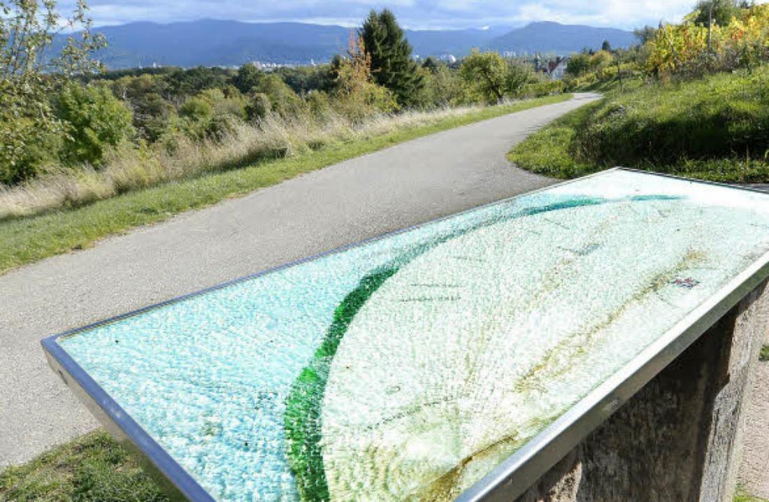 Die zersplitterte Panzerglasscheibe de...chte Plexiglasscheibe ersetzt werden.   | Foto: Rita Eggstein