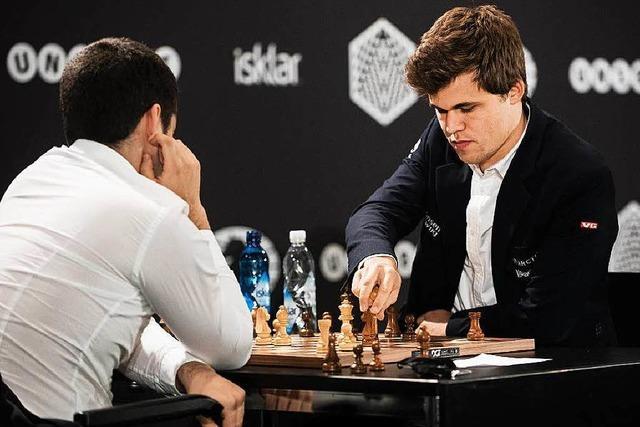 Carlsen dominiert Schnellschach-WM in Berlin