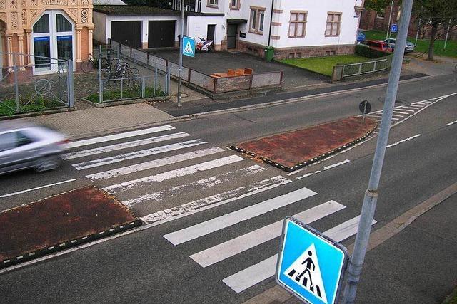 Mehr Straßenraum für flotte Radfahrer und Busse