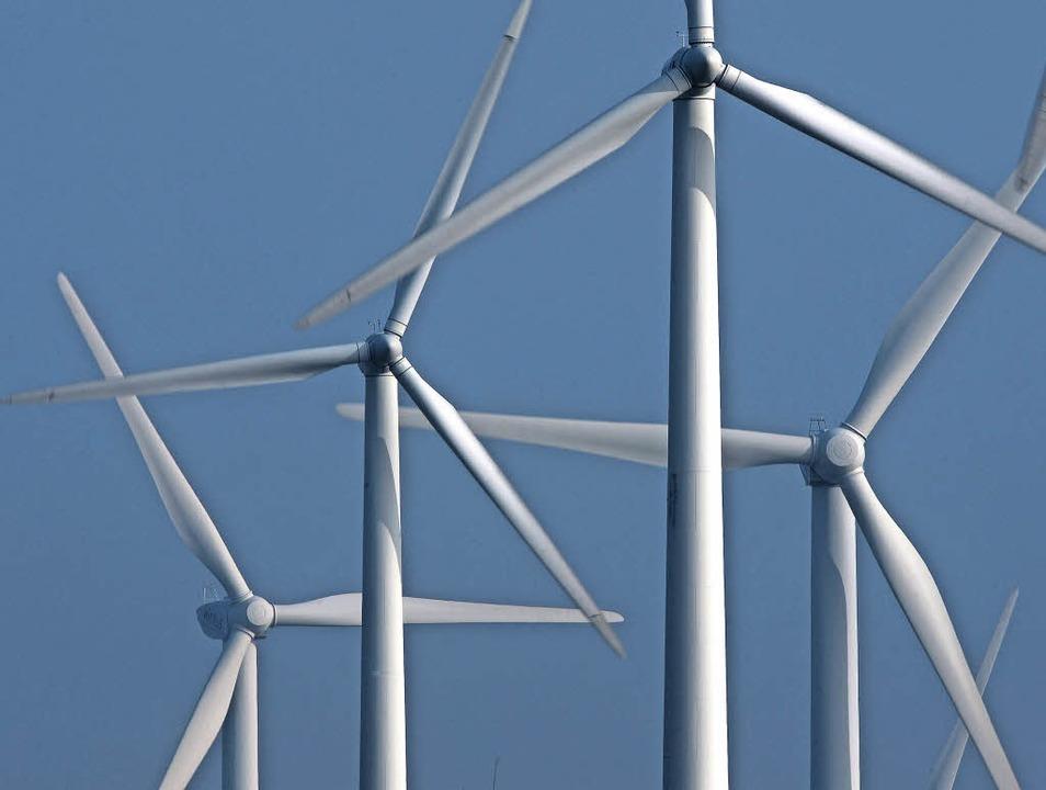 Die Debatte um Windkraft in der Region dreht sich weiter.   | Foto: dpa