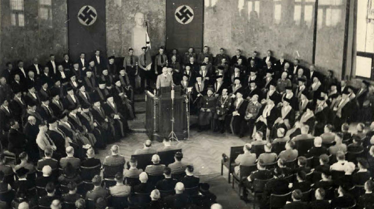 Unterm  Hakenkreuz: Reichsinnenministe...Ehrensenator der Universität Freiburg.  | Foto: UAF/PRIVAT