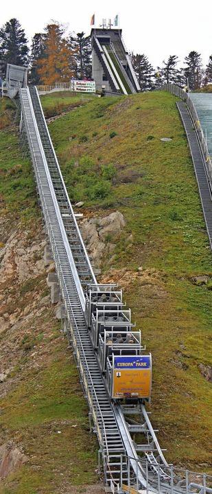 Der Pendel-Wieli bei seiner ersten offiziellen Fahrt nach oben.  | Foto: Joachim Frommherz