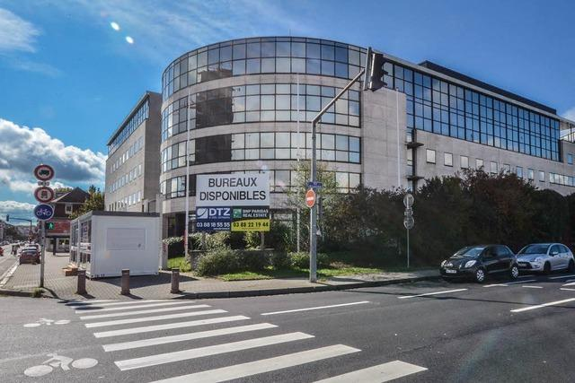 Verwaltung zieht in Versicherungsgebäude um