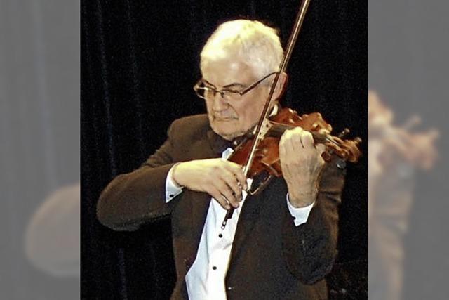 Die Herzen der Zuschauer weinen mit der Geige