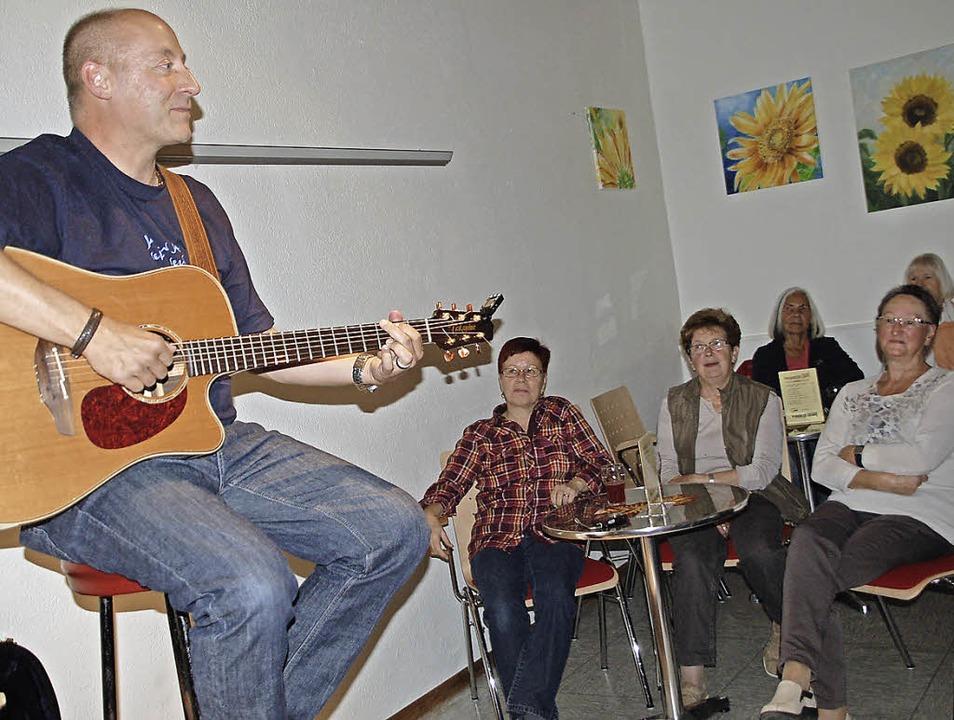 Ganz viel Berner Oberland brachte Lied... auf den Dinkelberg nach  Minseln mit.    Foto: Petra Wunderle
