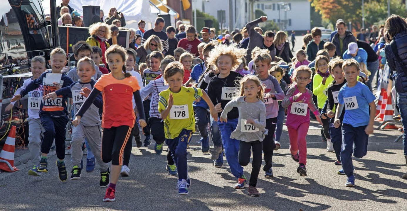 Wieder viele Kinder und Jugendliche ha...  Ettenheimer Stadtlauf teilgenommen.   | Foto: Olaf Michel