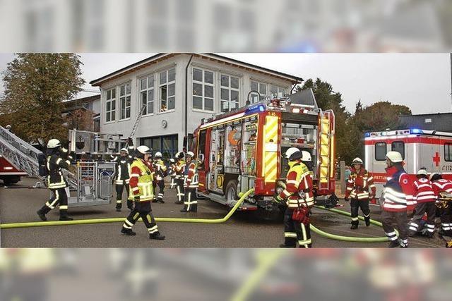 Eingespielte Rettungskräfte am Werk