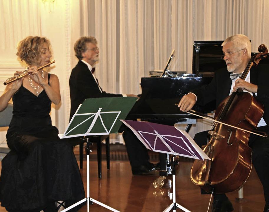 Flötistin Christiane Meiniger, Pianist...renc wurden meisterlich interpretiert.  | Foto: Margrit Matyscak