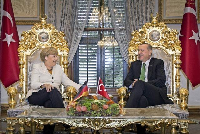 Kanzlerin Merkel würdigt Türkei in der Flüchtlingsfrage