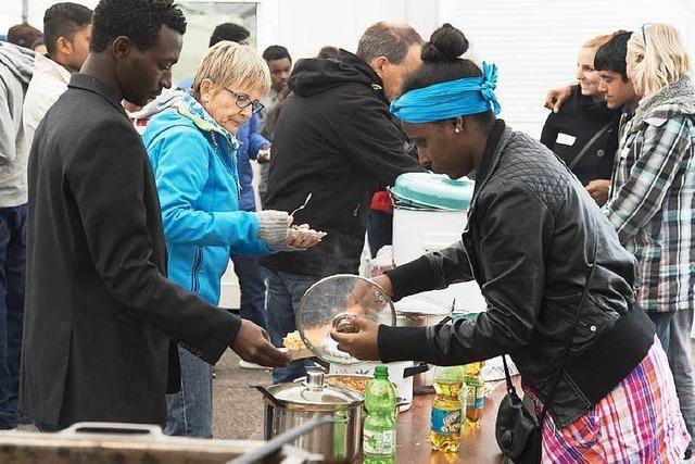 Gelungen: Begegnungsfest der Flüchtlinge im Gewerbepark Breisgau