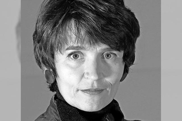 Petra Hoffmann und Julia Vogelsänger präsentieren